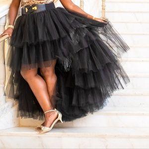 Black tulle hi-lo full skirt